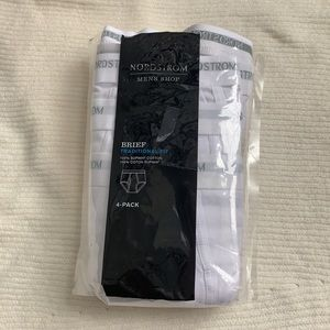 Nordstrom Men's 4 pack of White Traditional Briefs